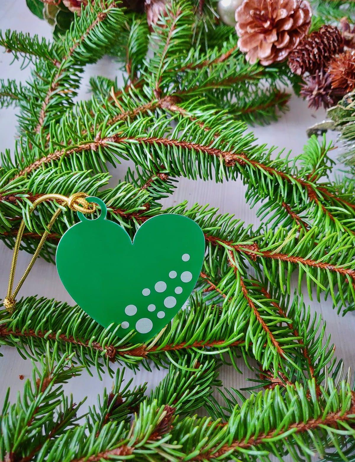 Décoration K001-OR02 Kssiope coeur vert
