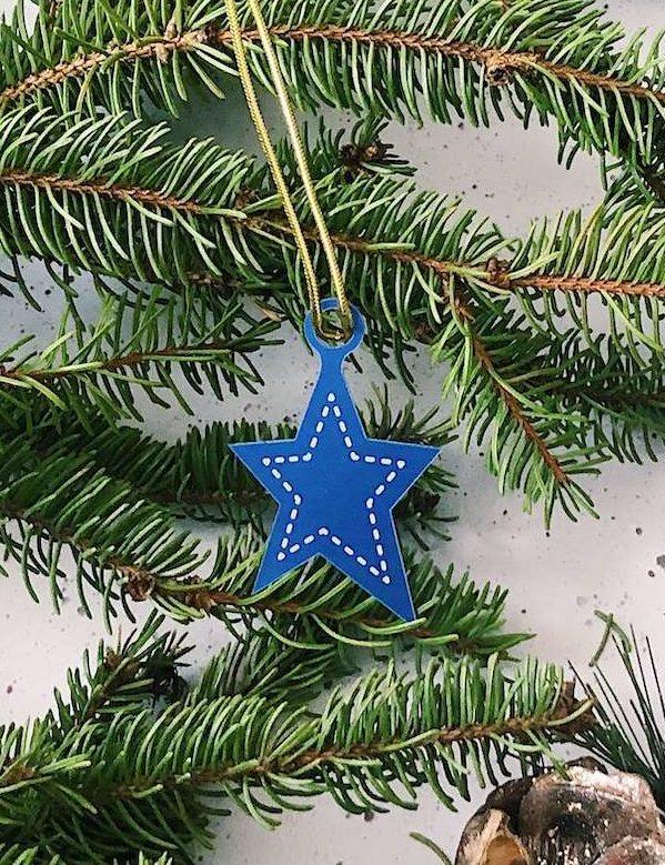 K010-OR02 decoration etoile bleu